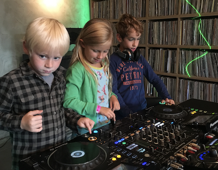 mini dj kids 3